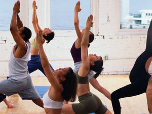 Yoga May Give Lung Cancer Patients, Caregivers a Boost