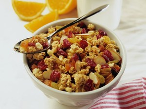 Later Breakfast, Earlier Dinner Might Help You Shed Body Fat