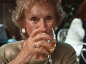 Moderate Drinking May Help the Heart, But Only If You Stick With It: Study