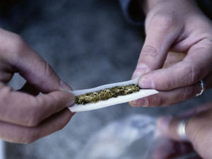 Pot Replacing Tobacco, Booze as Teens' Drug of Choice