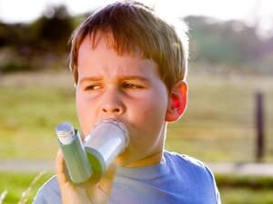 Asthma Inhalers Incorrectly Used by Most Kids in Study