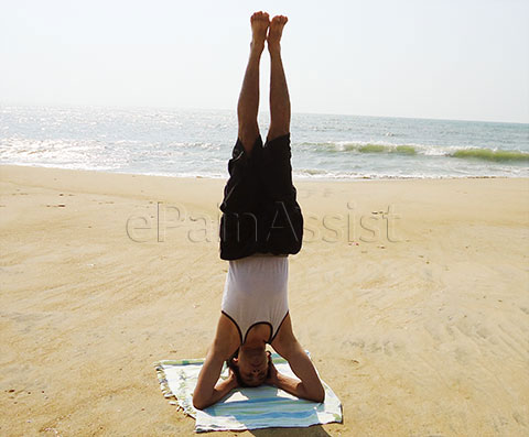Health Benefits of Shirshasana/Head Stand Pose.