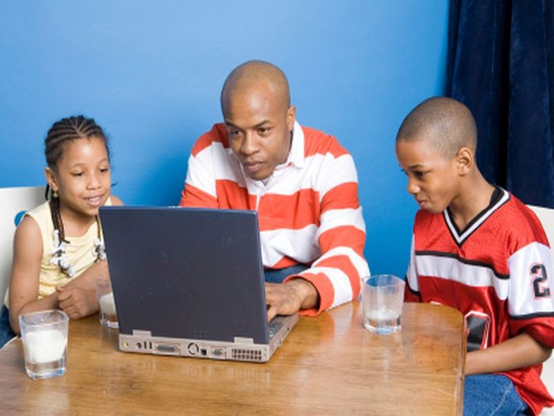 Study finds their sons score high in intelligence and focus.