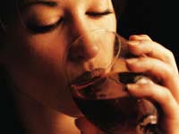 Findings suggest U.S. drinking guidelines might be too liberal.